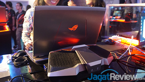 ASUS ROG GX800 Launch Event 03