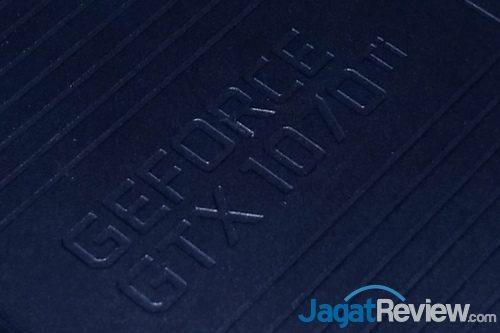NVIDIA GeForce GTX 1070 Ti FE 01