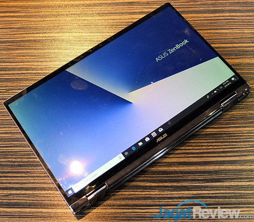 ASUS ZenBook Flip 13 UX362FA 04