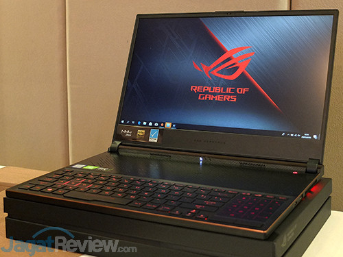 ASUS VivoBook Pro F570Z ASUS Zephyrus S GX531