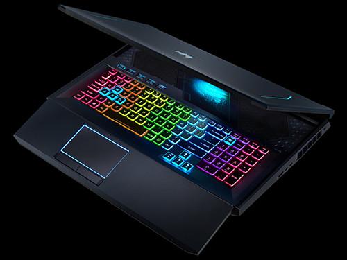 Acer Predator Helios 700 00