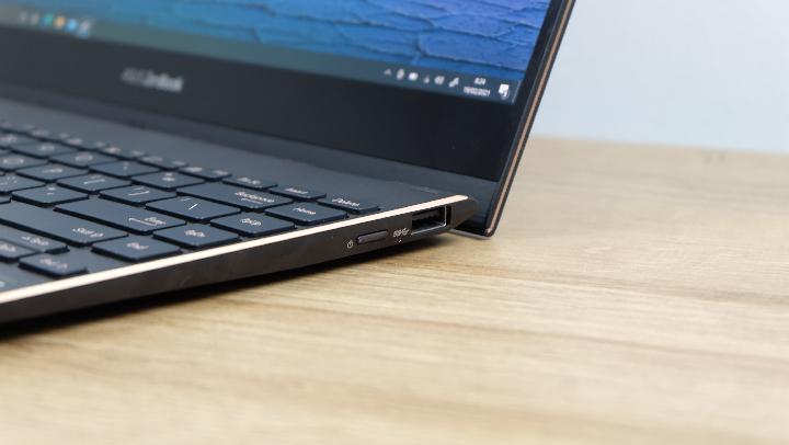 Review ASUS ZenBook Flip S