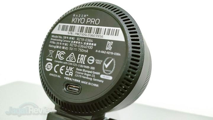 4. Razer Kiyo Pro