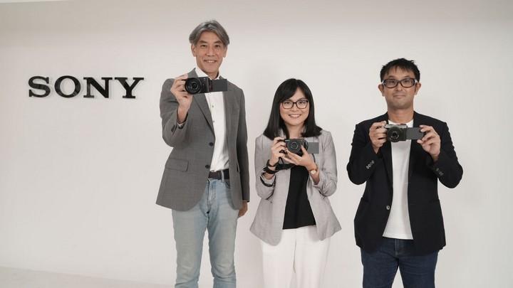 Lensa Sony G Terbaru
